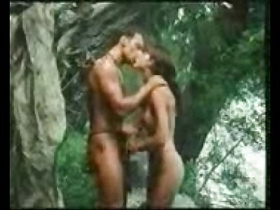 indian school girl Getting frisky in the jungle